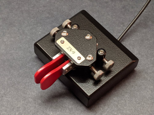 "Picture of ZN-9 (stock, Black, 1/2"", red fingpieces)"