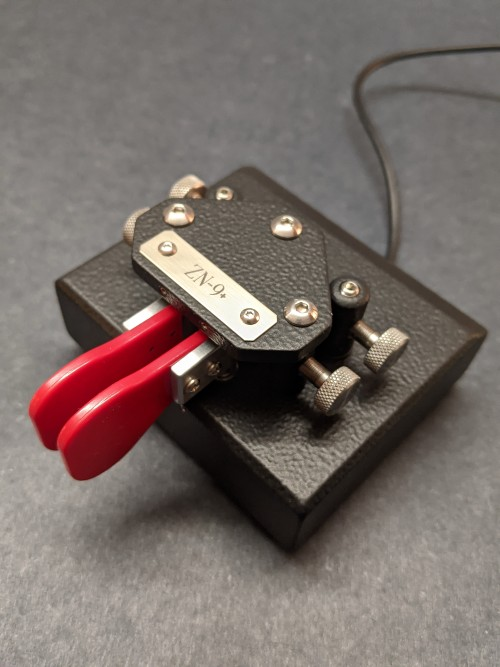 """Picture of ZN-9+ (stock-Black-1/2""""OTO, red fingerpieces)"""